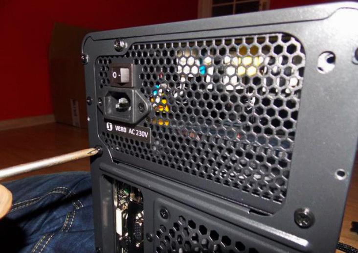 Установка блока питания компьютера